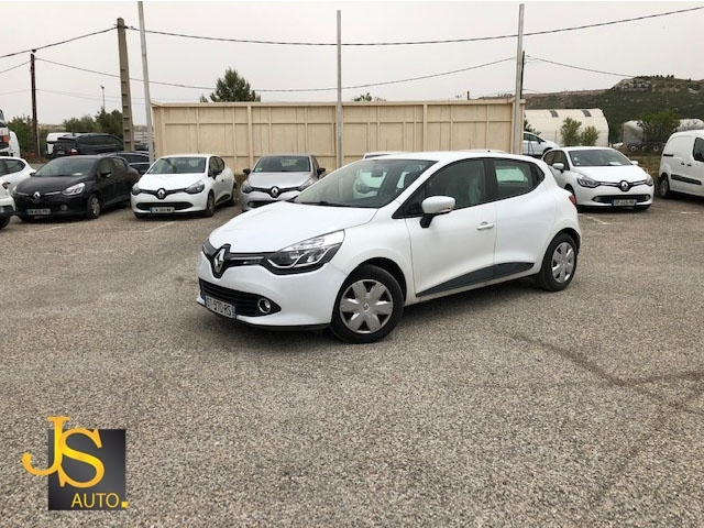 Renault CLIO 4 DCI 75CH AIR MEDIANAV 73 450 KM Diesel BLANC Occasion à vendre